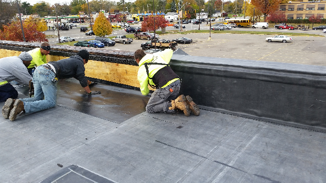 New commercial roof